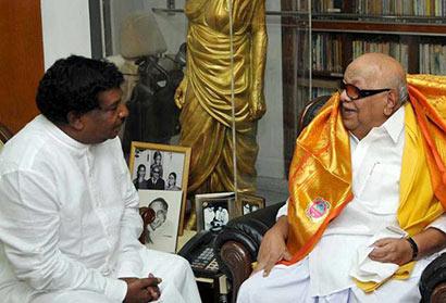 Sri Lankan Minister K. Velayutham met Karunanidhi