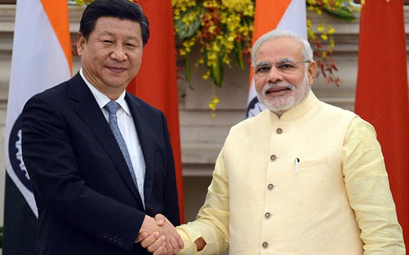 Chinese President Xi Jinping with Prime Minister Narendra Modi