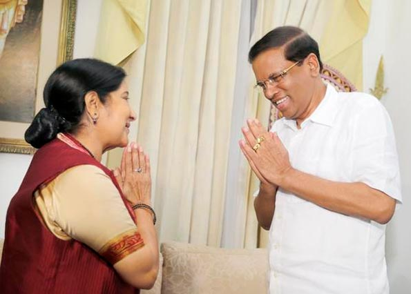 Sri Lanka President Maithripala Sirisena with Indian External Affairs Minister Sushma Swaraj