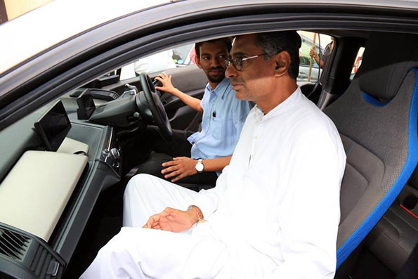 Sri Lanka opens electric car charging centre