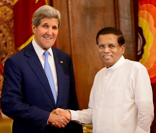 John Kerry with Sri Lanka President Maithripala Sirisena