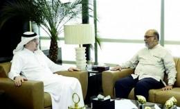Labor Minister Mufrej Al-Haqabani meets Sri Lankan Ambassador Mohamed Hussein Mohamed in Riyadh