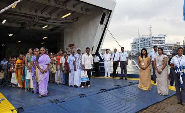 Sri Lankan Tamils return home