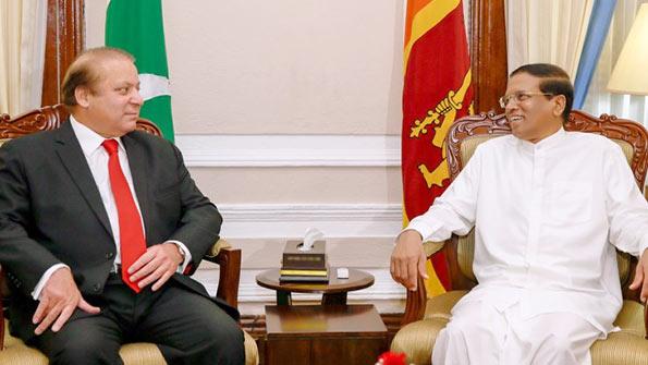 Sri Lanka President Maithripala Sirisena with Prime Minister of Pakistan Nawaz Sharif