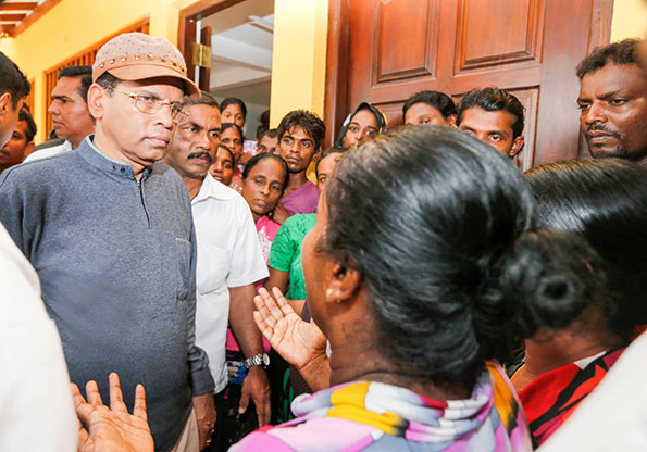 President Maithripala Sirisena visits flood affected areas