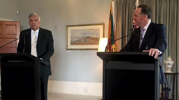 New Zealand Prime Minister John Key with Sri Lanka Prime Minister Ranil Wickremesinge