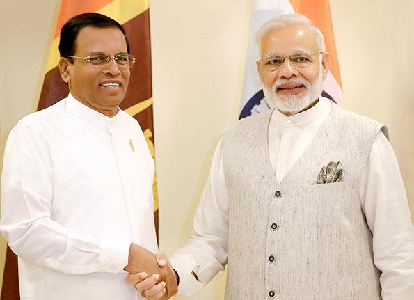 Sri Lanka President Maithripala Sirisena with India Prime Minister Narendra Modi