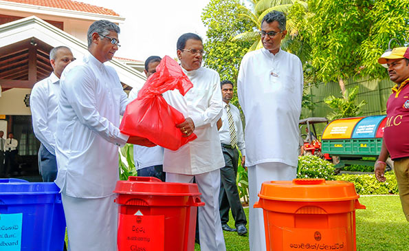 Garbage collection from President's house of Sri Lanka