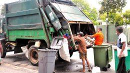 Sanitary labourers in Sri Lanka