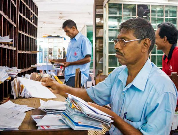 Sri Lanka postal workers