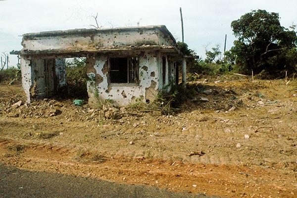 Lands in war zone in Sri Lanka
