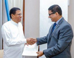 Sri Lanka President Maithripala Sirisena with Bangladesh High commissioner to Sri Lanka Riaz Hamidullah