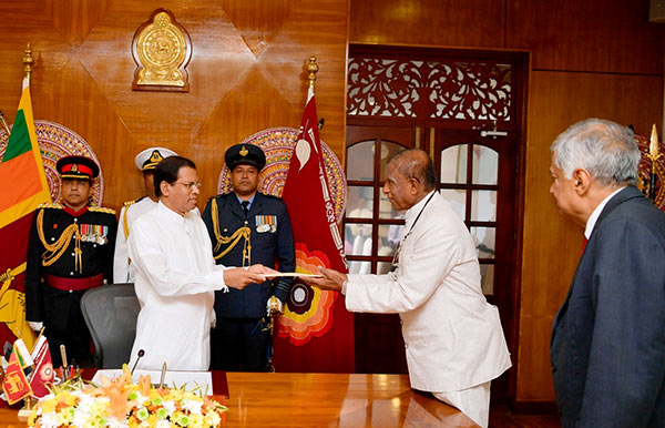 Gamini Jayawickrema Perera take oath as Buddha Sasana Minister