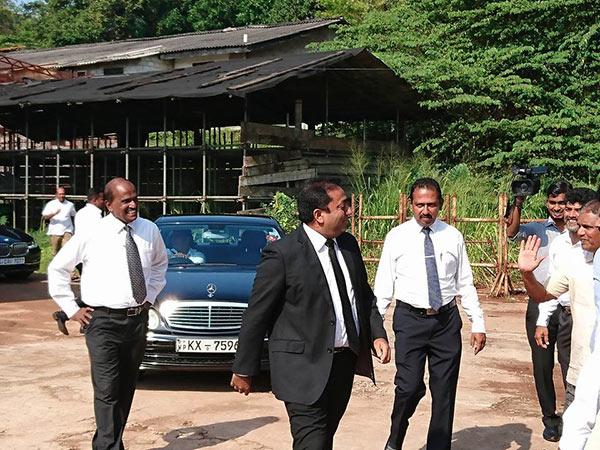 Akila Viraj Kariyawasam is at bond commission