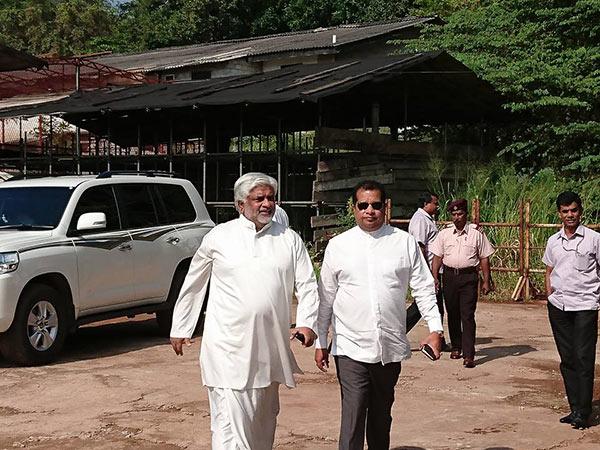 Arjuna Ranatunga is at bond commission