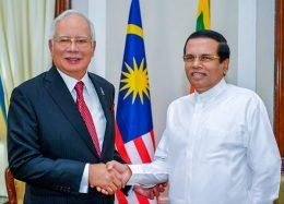 Malaysian Prime Minister Najib Razak with Sri Lanka President Maithripala Sirisena