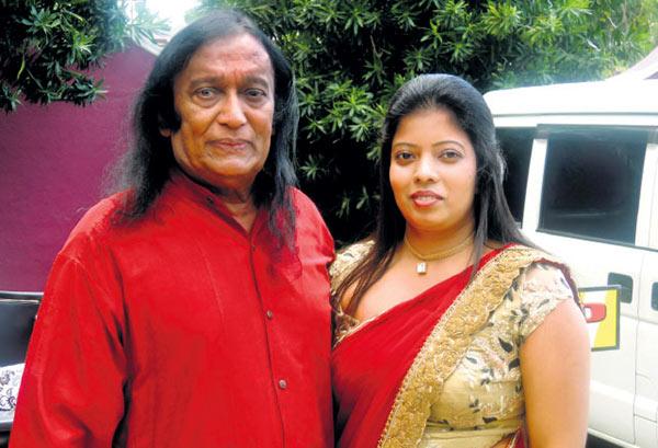 Victor Ratnayake with his wife Hashini Amendra