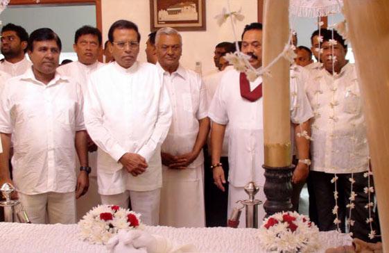 Sri Lanka President Maithripala Sirisena paid last respects to late Chandra Rajapaksa