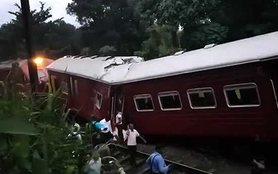 Train accident at Pannaliya off Polgahawela