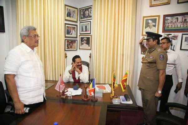 IGP Pujith Jayasundara with Gotabaya Rajapaksa