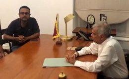 Manusha Nanayakkara meets Ranil Wickremesinghe