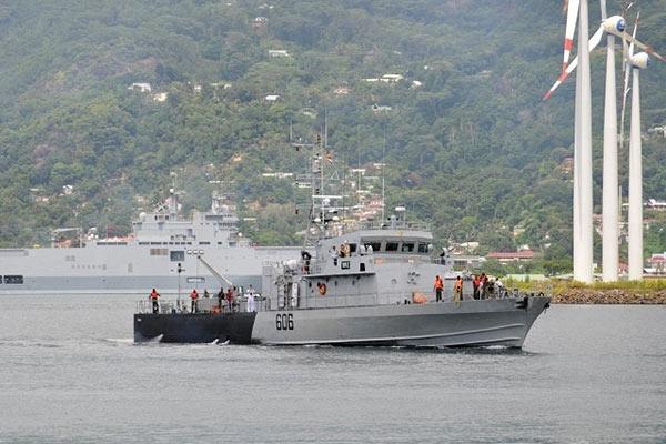 Seychelles Coast Guard patrol ship Topaz with La Fleche intercepted the two Sri Lankan Flagged vessels