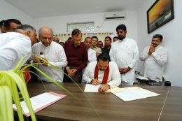 Mahinda Rajapaksa assumes duties at Opposition Leader's Office in Colombo Sri Lanka
