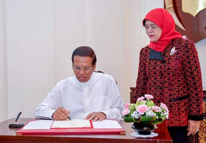 President of Sri Lanka Maithripala Sirisena and President of Singapore Halimah Yacob
