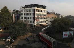 Delhi hotel fire kills at least 17