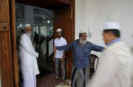 Sri Lankan muslims in mosque for prayers