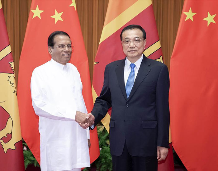 Chinese Premier Li Keqiang meets with Sri Lankan President Maithripala Sirisena