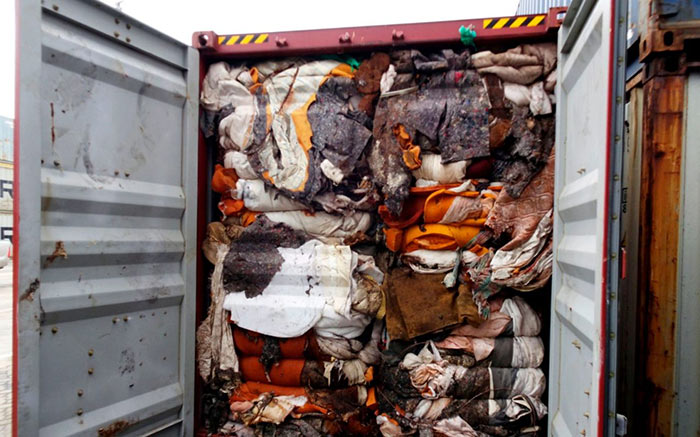 Garbage containers from United Kingdom to Sri Lanka