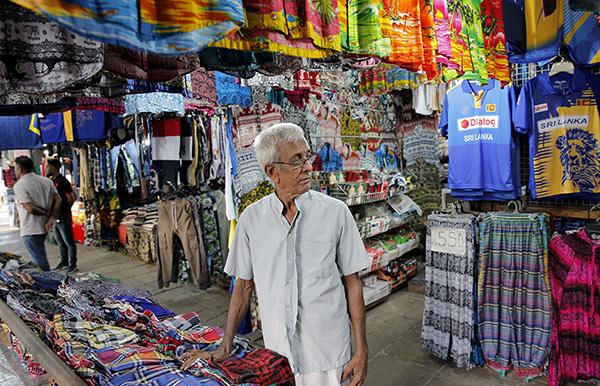 Sri Lankan street businessman