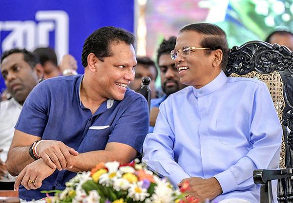 Dayasiri Jayasekara with Maithripala Sirisena