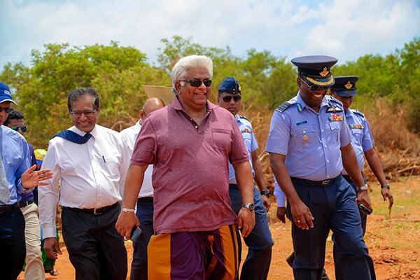 Arjuna Ranatunga at Palaly Airport