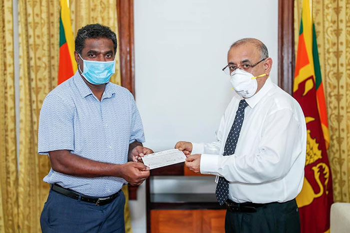 Muttiah Muralitharan donated for COVID-19 healthcare and social security fund in Sri Lanka