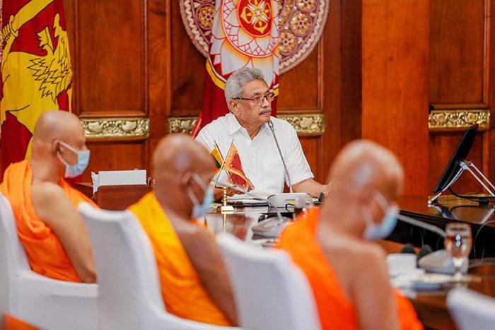 Sri Lanka President Gotabaya Rajapaksa held a discussion with Maha Sangha on COVID-19 in Sri Lanka