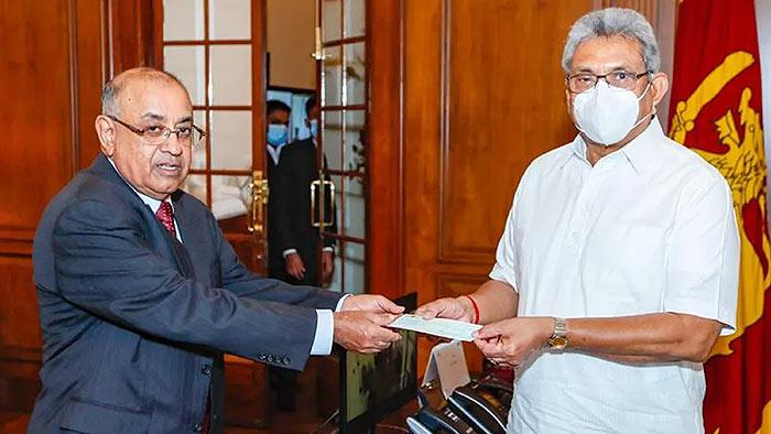 Sri Lanka President Gotabaya Rajapaksa with secretary PB Jayasundera