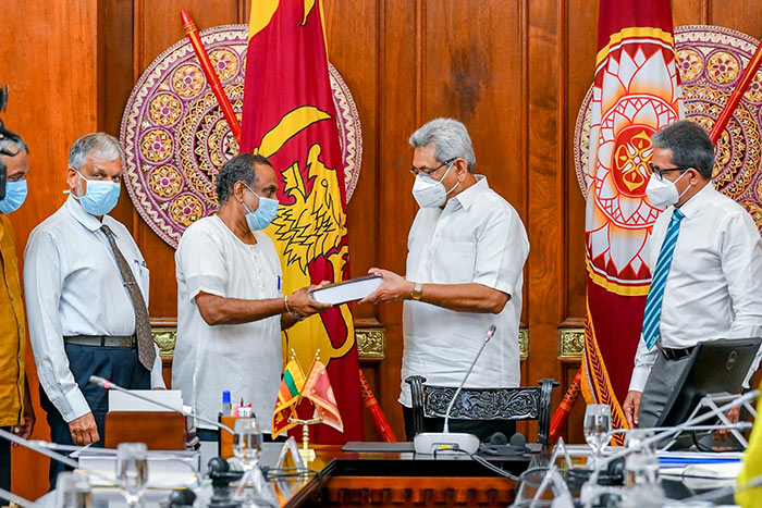 MCC review final report presented to Sri Lanka President