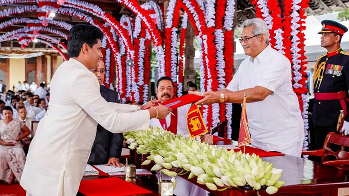 Channa Jayasumana was sworn in as State Ministers