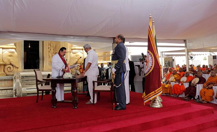 Sri Lanka Prime Minister Mahinda Rajapaksa and President Gotabaya Rajapaksa