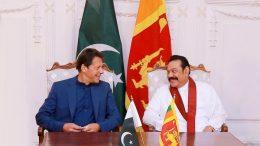 Pakistan Prime Minister Imran Khan with Sri Lanka Prime Minister Mahinda Rajapaksa