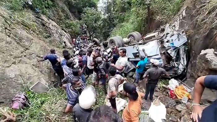 Bus accident in Sri Lanka