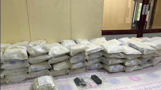 340 kg heroin seized from Sri Lankan boat