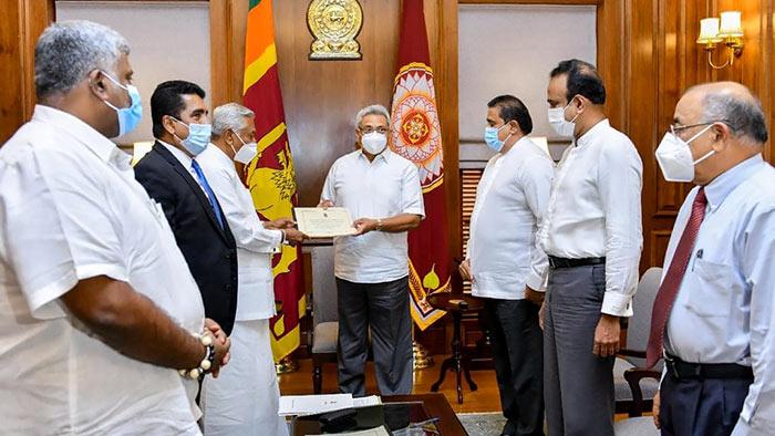 Cabinet subcommittee on Easter attack hands over report to Sri Lanka President Gotabaya Rajapaksa