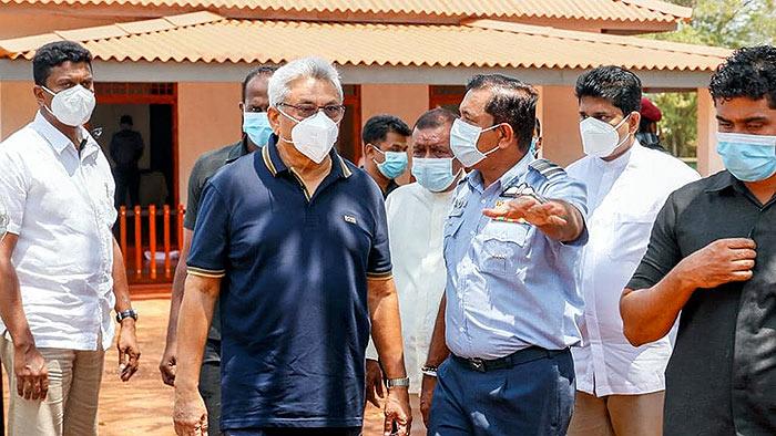 Sri Lanka President Gotabaya Rajapaksa with Air Force commander Sudharshana Pathirana