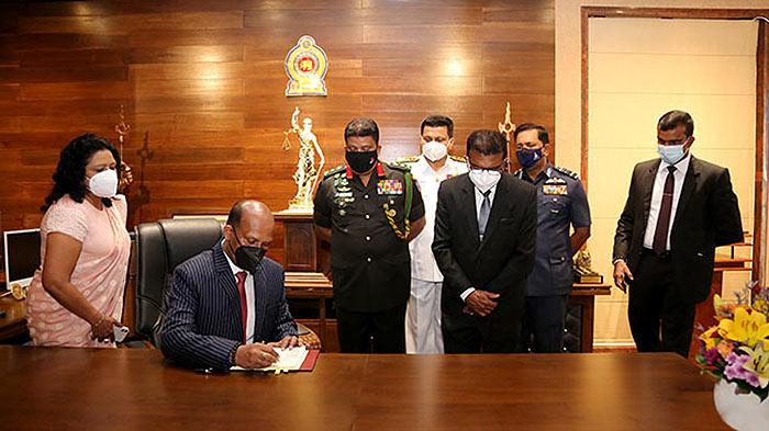 Defence Ministry shifted to Defence Headquarters Complex at Sri Jayawardenepura, Kotte