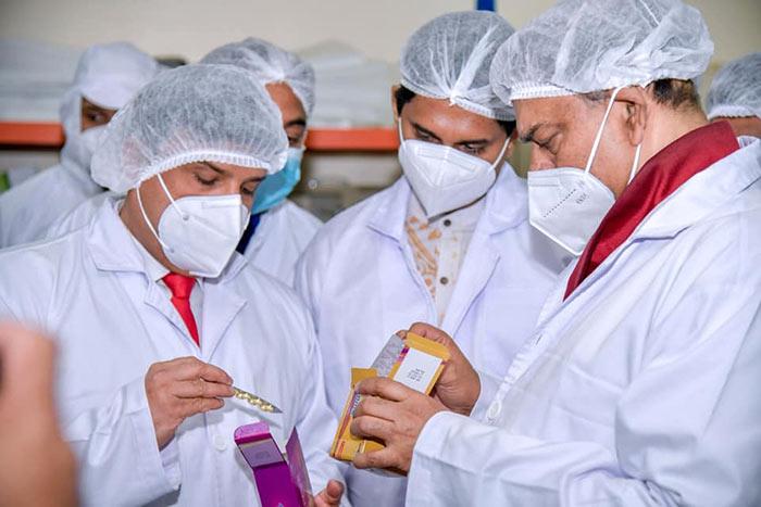 Basil Rajapaksa inspects medicine