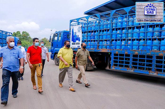 Litro gas inspection by Lasantha Alagiyawanna