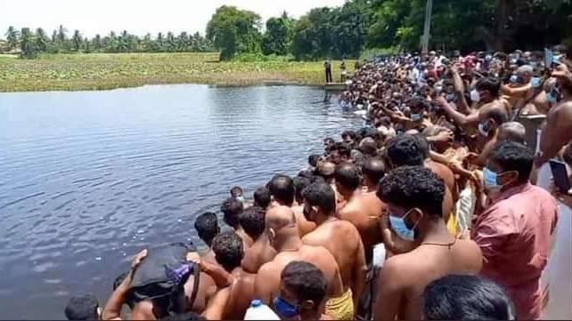 Religious gathering in Batticaloa Sri Lanka